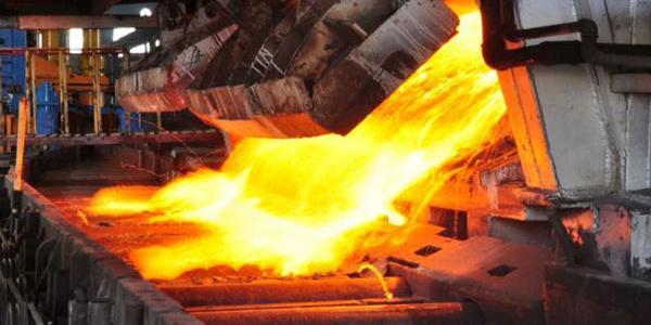 رشد ۱۱درصدی تولید آهن اسفنجی و ۸درصدی تولید فولاد خام شرکت های بزرگ طی چهار ماه ۹۹